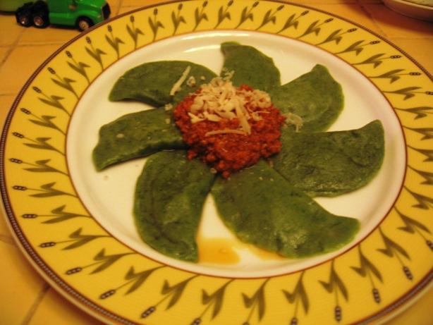 Tortelli verdi ripieni di formaggio di fossa, radicchio rosso e noci