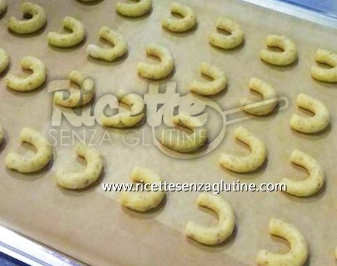 Ricetta Biscotti natalizi alla vaniglia senza glutine
