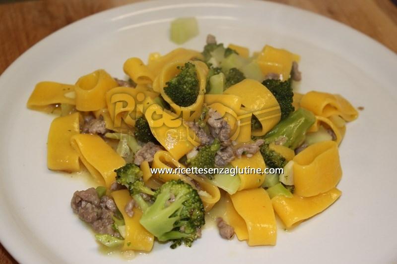 Ricetta Calamarata con broccoli e salsiccia senza glutine