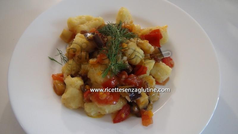 Ricetta Gnocchi di patate con sugo estivo vegetariano senza glutine