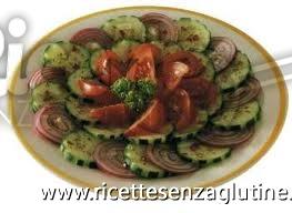 Ricetta Insalata con pomodori, peperoni e cetrioli senza glutine