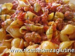 Ricetta Pasta con sugo di salsiccia, zucca e semi di finocchio senza glutine